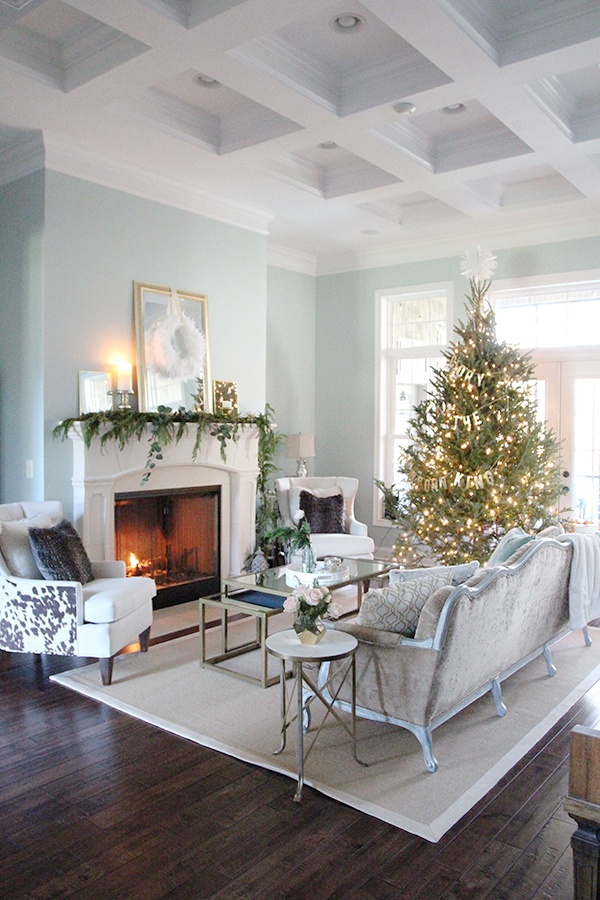 piano-room-christmas-1-sm