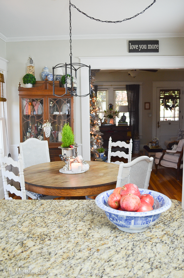 Christy's 2017 Christmas Holiday Home Tour | 11 Magnolia Lane