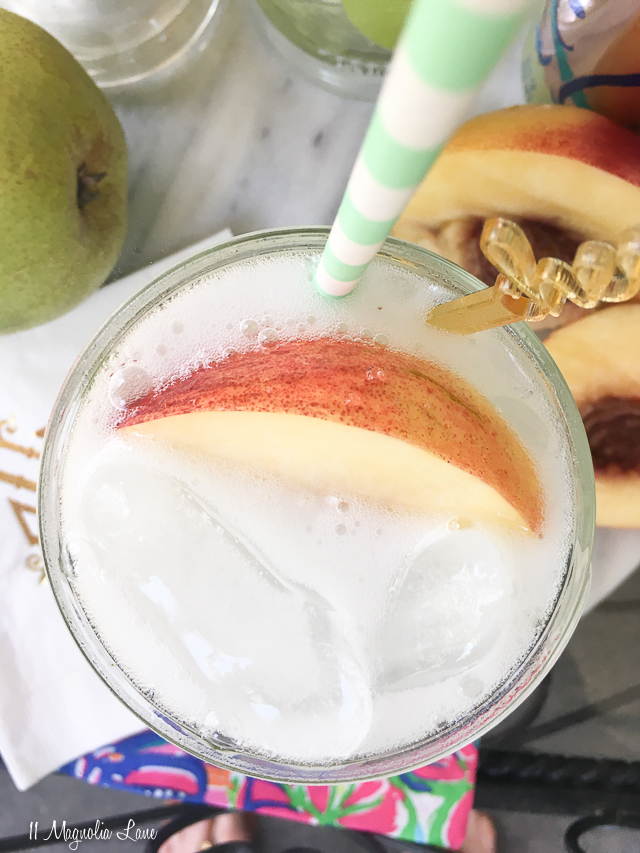 No-carb peach pear cocktail recipe | 11 Magnolia Lane