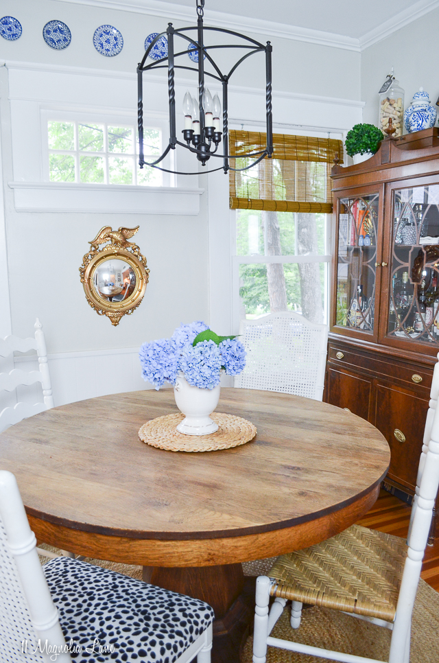 Summer home tour in a 1400 sf craftsman cottage | 11 Magnolia Lane