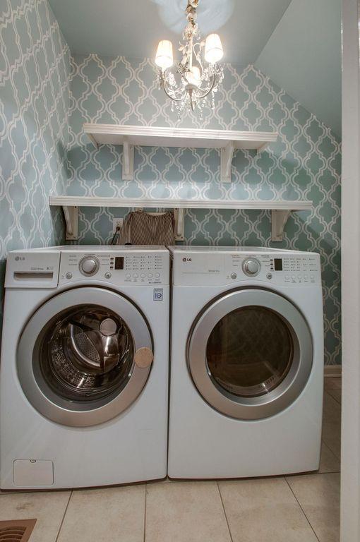 Nashville laundry room empty