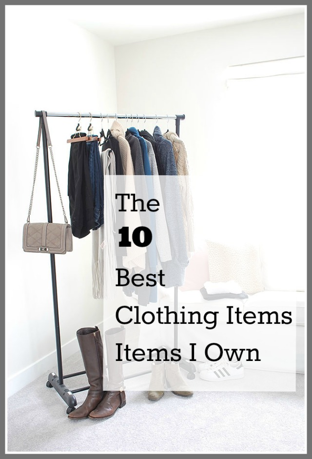 Winter capsule wardrobe: the pieces that I reach for over and over (and over!) again in my winter closet: sweaters, shirts, jeans, boots, shoes, and jewelry.