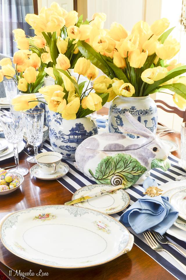 Spring home tour Easter table | 11 Magnolia Lane