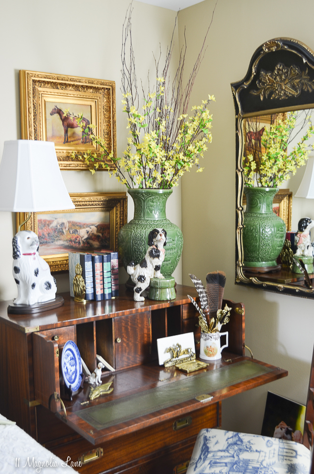 Danielle's traditional Southern spring home tour | 11 Magnolia Lane