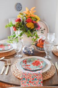 Magnolia Cottage: The Breakfast Room & Den