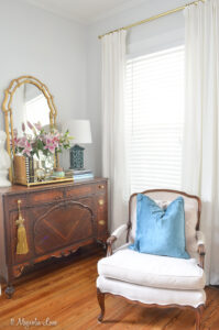 Magnolia Cottage: The Living Room