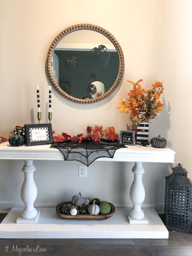 Halloween Tablescape Ideas and other easy Halloween decor