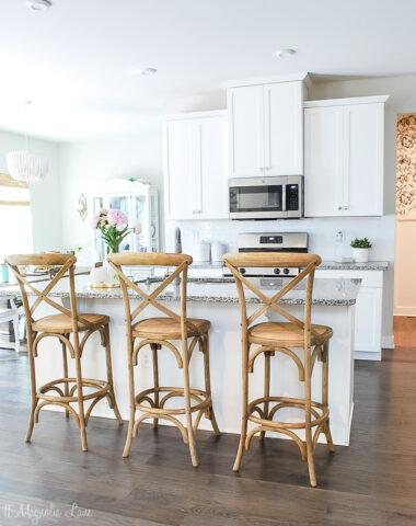 Details on a builder kitchen makeover