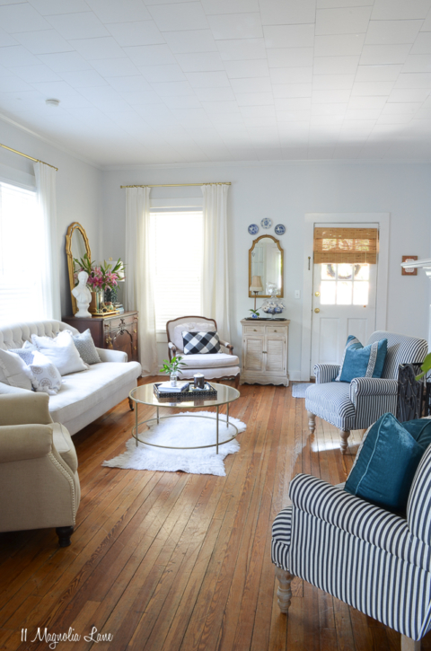 Magnolia Cottage: Updates in the Living Room – 11 Magnolia Lane